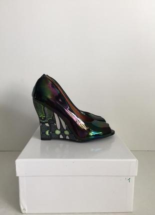 Красивые перламутровые туфли из натуральной кожи от other stories р-ры 37, 40