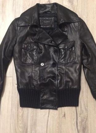 Демисезонная кожаная куртка lacoste 38 m