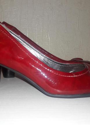 Красные кожаные туфли ecco оригинал