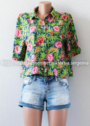 Большой выбор блуз - яркая цветочная летняя укороченная рубашка с кармашком на груди