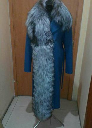Эклюзивное шерстяное пальто с чернобуркой