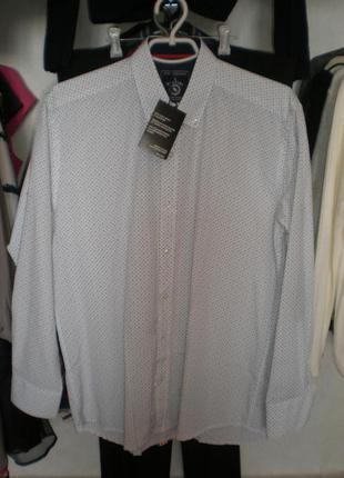 Мужская рубашка прямого кроя