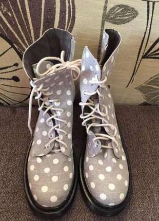 Поделиться:  ботинки ткань benetton стелька 26 см