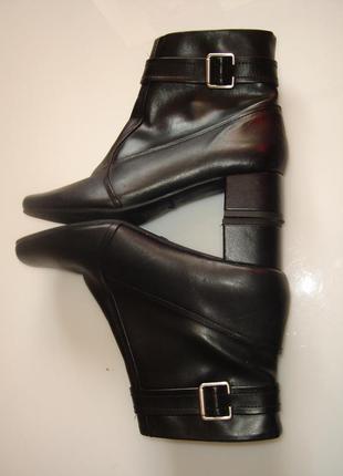 Clarks кожаные туфли, ботинки, полусапожки 7 d , стелька 27 см, сделаны в индии