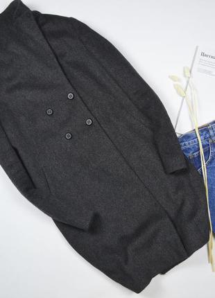 Очень классное шерстяное пальто от  united colors of benetton