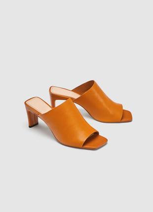 Оранжевые кожаные туфли-мюли на среднем каблуке zara