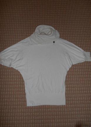 Базовый белый свитер fracomina