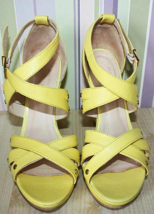Новые желтые босоножки rue princesse (натуральная кожа, франция)