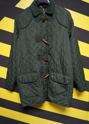 Стеганная куртка на флисовой подкладке