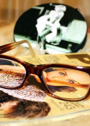 Стильные очки для работы за компьютером или для образа