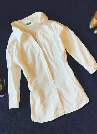 Белая базовая рубашка от benneton