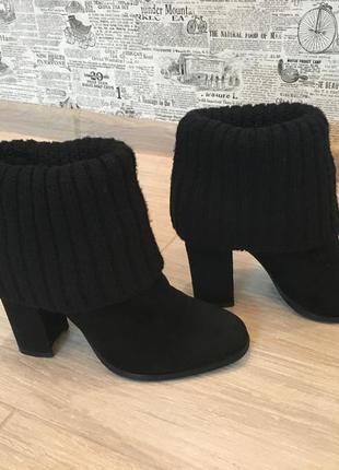 Чёрные полусапоги ботинки на каблуке с отворотом (бесплатная доставка)