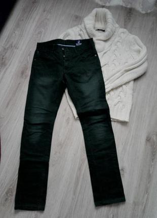 Суперовые джинсы зеленого цвета, зауженные!