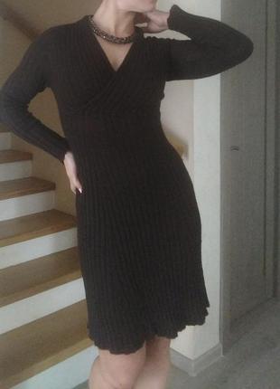 Ангоровое теплое платье миди