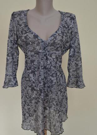 Легкая фирменная блуза туника