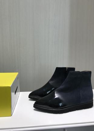 Шикарные кожаные ботинки с пропиткой