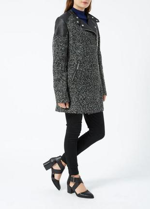 Стильное пальто с кожаными вставками new look m-l