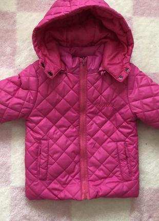 Курточка на девочку 86-92 см