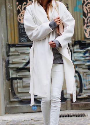 Крутейшее обьемное пальто h&m
