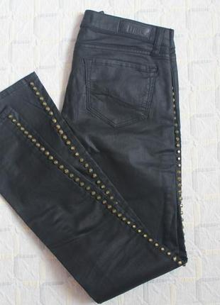 Кожанные штаны с шипами