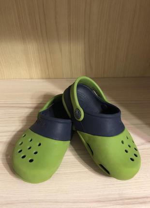 Детские шлёпанцы crocs