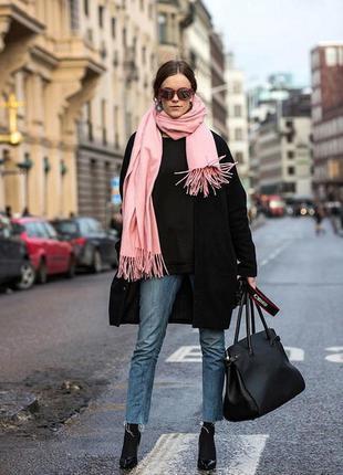 Черное пальтишко с капюшоном ,бренда esprit, оверсайз,подойдет на 48,50,52 р.
