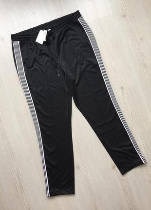 Черные спортивные штаны от h&m