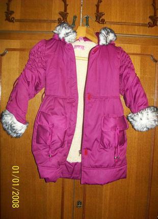 Дитяче пальто на цегейці