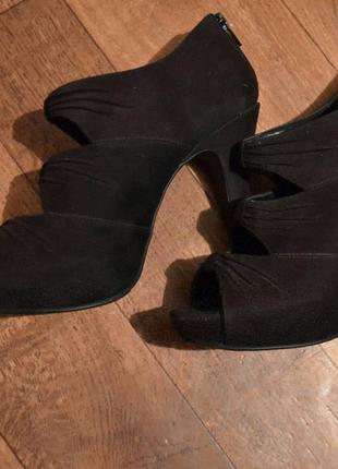 Туфли эко-замш от фирмы new look