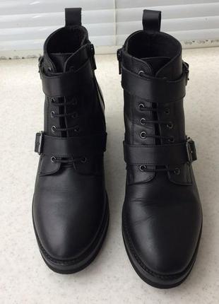 Кожаные ботинки оffice london демисезон ботильоны на среднем каблуке на шнурках молнии