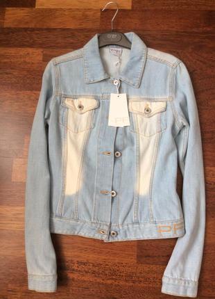Paola frani светло голубая джинсовая куртка