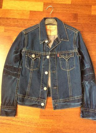 Levi's джинсовая куртка темно синяя