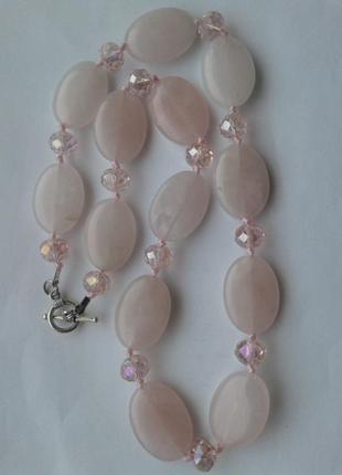 Бусы из розового кварца и чешского стекла