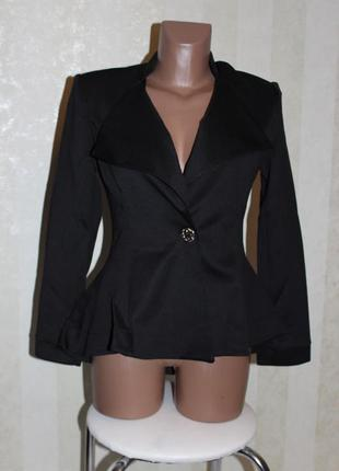 Стильный чёрный пиджак.распродажа.