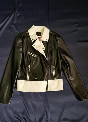 Куртка guess. эко кожа