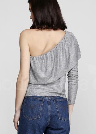 Блуза на одно плече