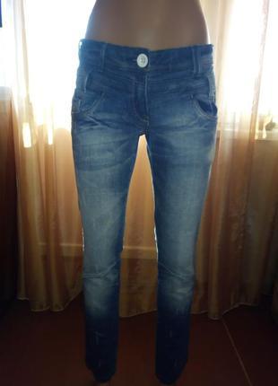 Стильные джинсы скинни от next, размер 28(м)