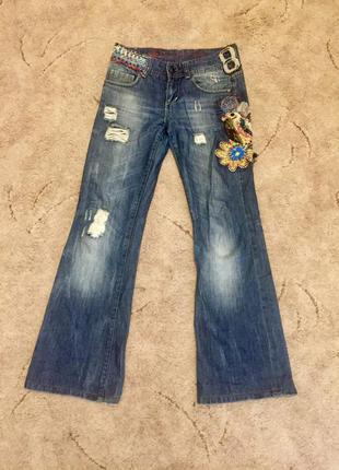 Модные джинсы desigual. много других товаров!
