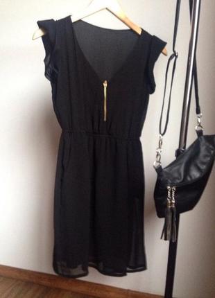 Шифоновое платье черного цвета