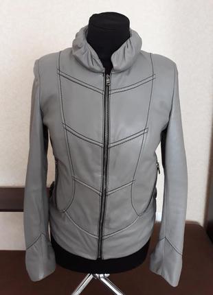 Кожаные куртки женские 2019 - купить недорого вещи в интернет ... 27027bbda0f