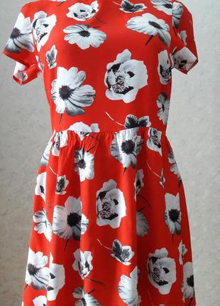 Шикарное нарядное красное  платье короткое atmosphere