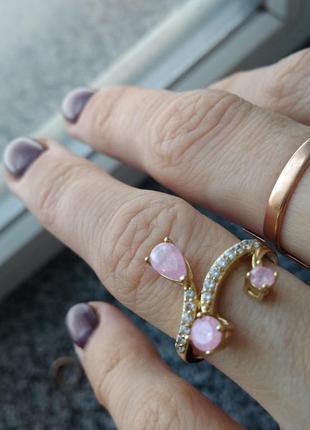 Новое кольцо каблучка розовые камни ювелирная бижутерия xuping