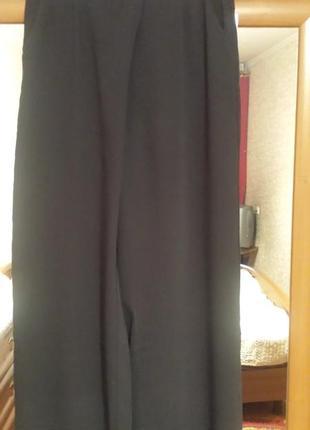 Самые стильные брюки-кюлоты, с запахом.