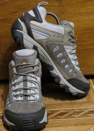 Зимние трекинговые ботинки merrell (оригинал)р.39