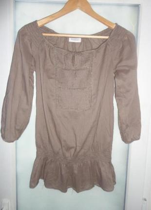 Фирменная эффектная блуза yessica