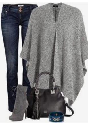 Объемный свитер пончо