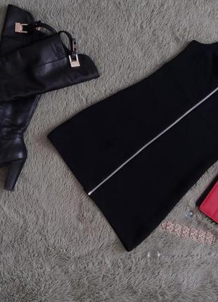 Коротенька чорна сукня на замочку! ідеальний стан!)