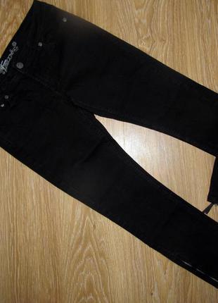 Черные джинсы с замочками от бренда matalan, р.12