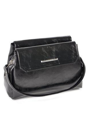 Черная маленькая сумка через плечо глянцевая молодежная кроссбоди
