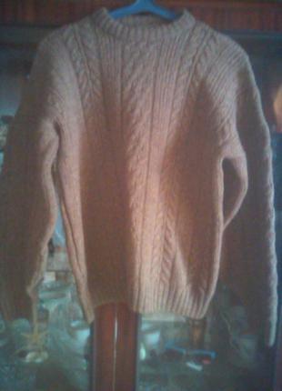 Тёплый свитер с крупной вязкой-британия